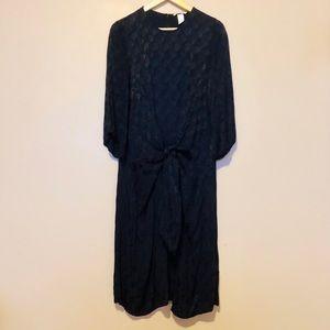 H&M Women's Navy Front Tie Midi Dress Size 10